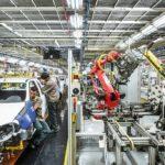 Produção industrial ganha dinamismo no país, mas retomada plena é dúvida